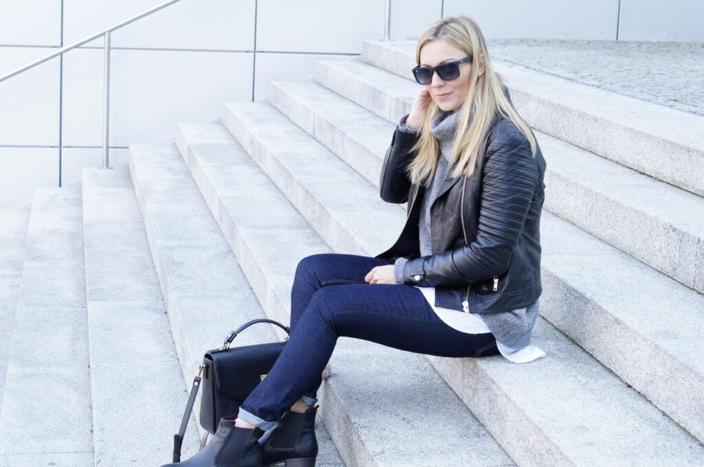 bluejeans-lederjacke-lieblingstasche-mcm-outfit-fashion-tantedine