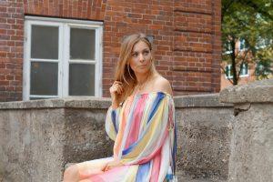 Regenbogenkleid-Look-Sommerlook-tantedine