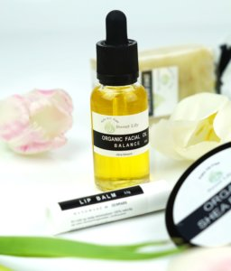 sweet-lily-organic-palm-oil-free-handmade-öl-wellness-beauty-tantedine