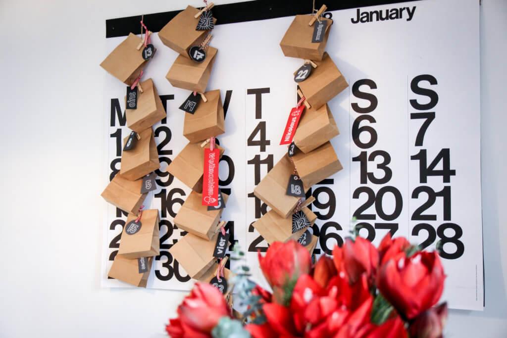 Adventskalender aus Papiertüten DIY tantedine