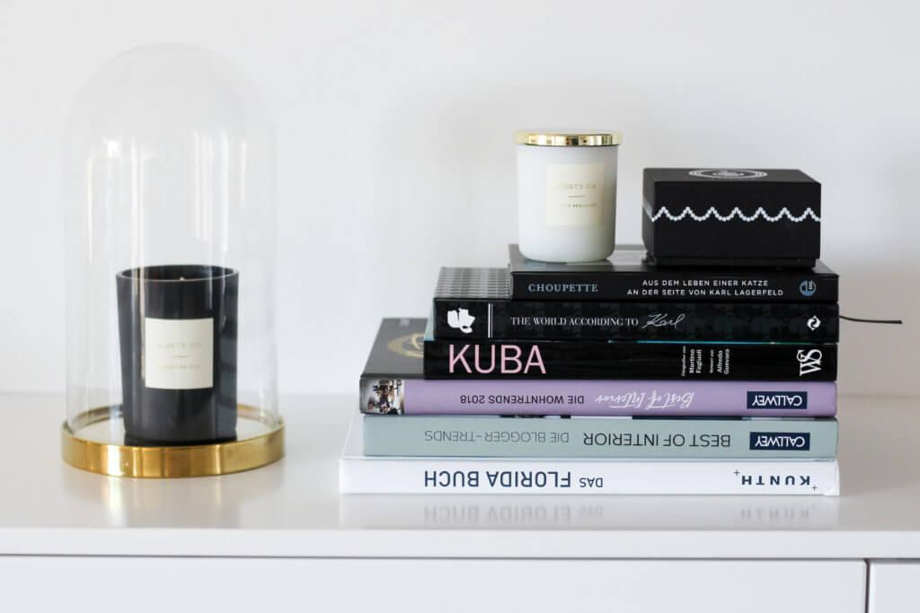 Wohnbereich Umgestaltung Hygge Blogger Coffeetable Books Deko Interior Kerzen tantedine