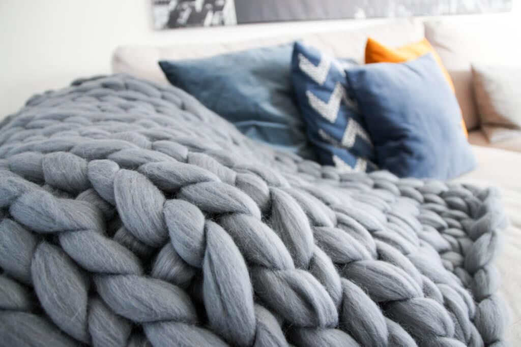 Wohnbereich Umgestaltung Chunky Knit Wolldecke Grobstrick tantedine