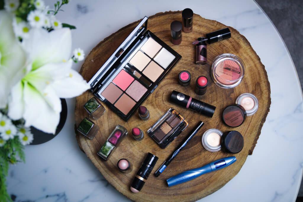 Beautyjunkies Adventskalender Catrice Beauty-Set tantedine