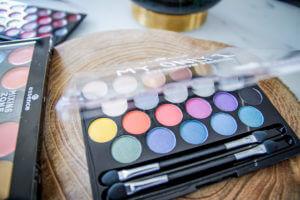 essence Update Frühling Sommer 2018 Palette Mix&Match Eyeshadow Lippenstift My only one tantedine