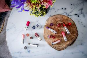essence Update Frühling Sommer 2018 Lippenstift Beauty Shine on forever colour up lipstick tantedine