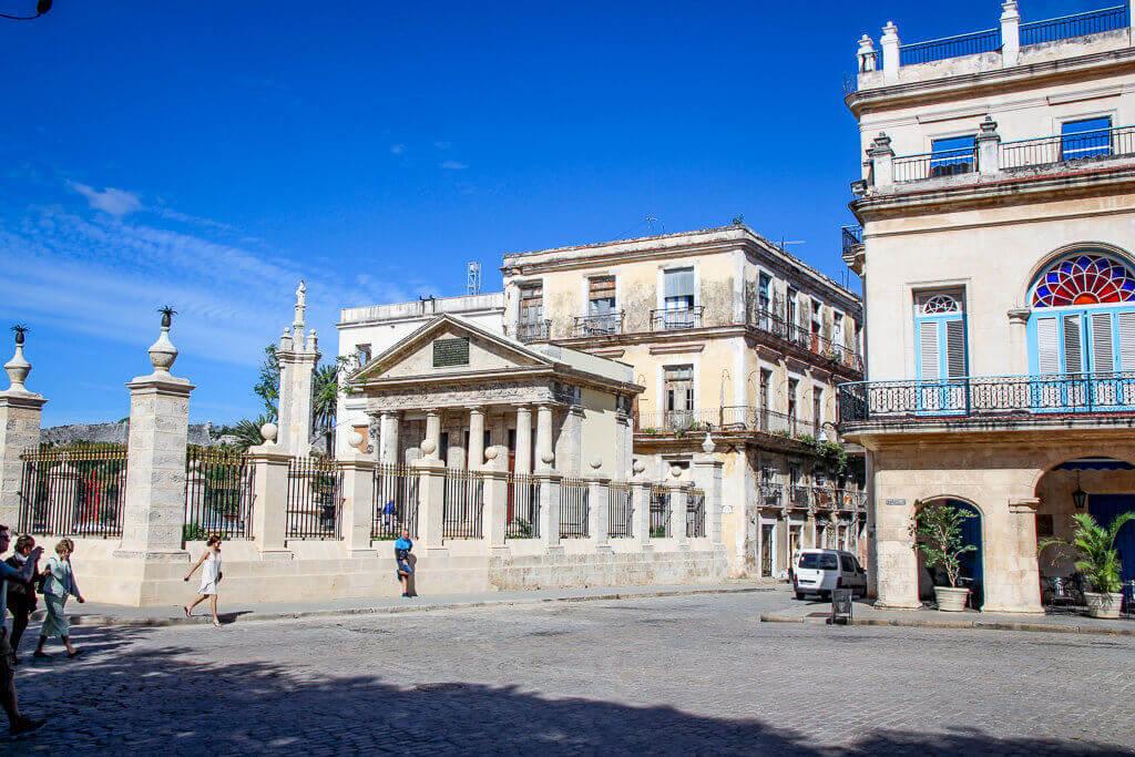 Kuba Havanna Cuba La Habana Vieja Malecon Calle Obispo Capitolio Kapitol Plaza de Armas tantedine